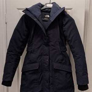 The North Face Navy Outer Boroughs parka